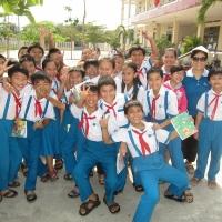 Hình các em học sinh