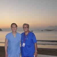 Dr Nguyen and Dr David - Biển Quy Nhơn