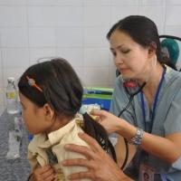 Dr. Lưu Ly và bệnh nhân tí hon - Tuy Ohước Bình Định