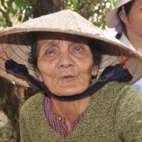 Mẹ quê vất vả trăm chiều - Tuy Phước Bình Định