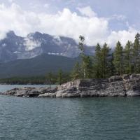 Hồ Minnewanka - Alberta