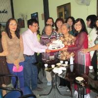 Cô Thúy Nga, Cô Kiều Nhi và học trò - Qui Nhơn 2015